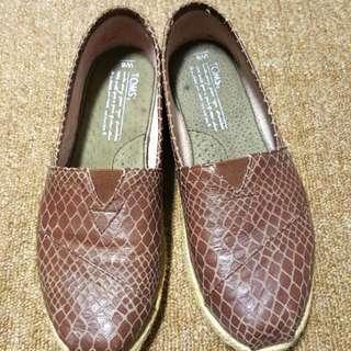 [免運]TOMS經典蛇紋懶人鞋