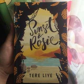 """Novel """"Sunset & Rosie"""" by Tere Liye"""