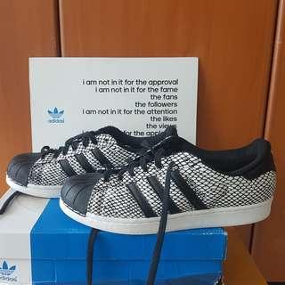 Adidas Superstar Snakepack Original warna Black / White size UK10 / 44 2/3