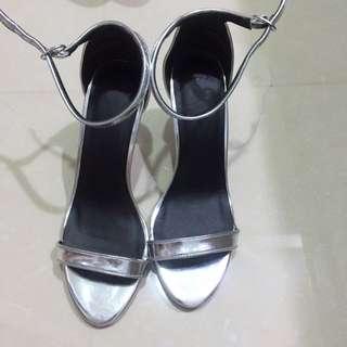 Asos 超美銀色高跟鞋