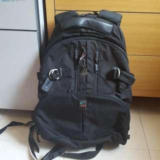 KATA DR 466 BACKPACK WITH LOWEPRO FORMAT 160 CAMERA BAG