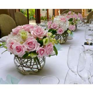 Wedding table arrangement elegant - Weden