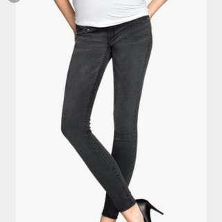 H&M Maternity Jeans (XL Size)