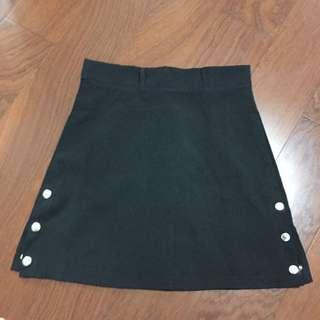 排釦黑短裙 A字裙#含運最划算 #女裝九九出清