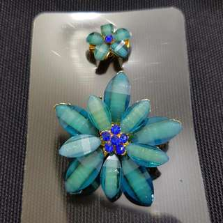 2PC FLOWER BROOCH