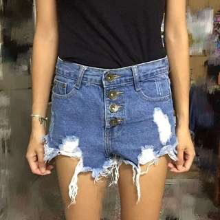 牛仔短褲 刷破短褲