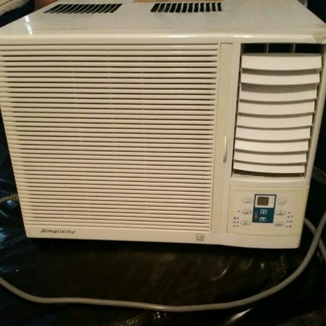 5250  btu  Window Air conditioner