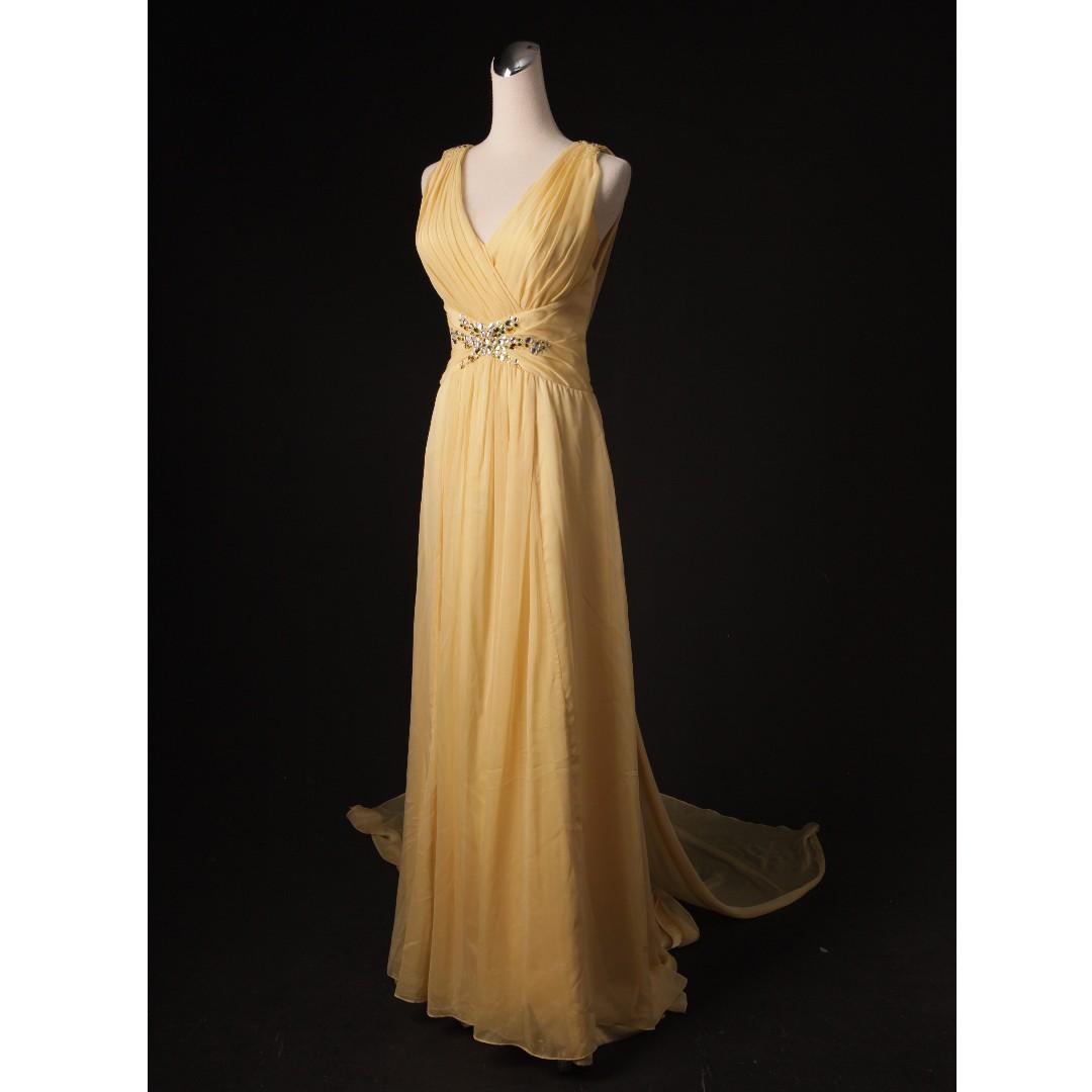 淡黃女神系肩帶裸背禮服 拖尾+背帶 二手禮服 二手婚紗