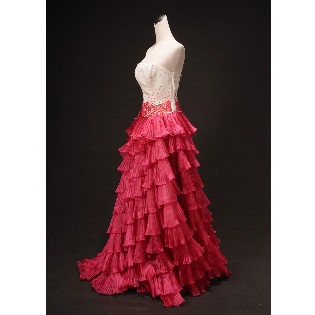 白漸層紅裙平口禮服 波浪層次裙襬 二手婚紗 二手禮服 七成新