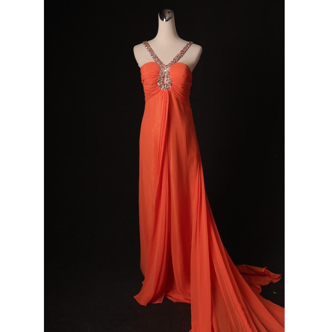 橘紅長版女神系禮服 背後長掛紗+平口+肩帶 二手婚紗 二手禮服 七成新