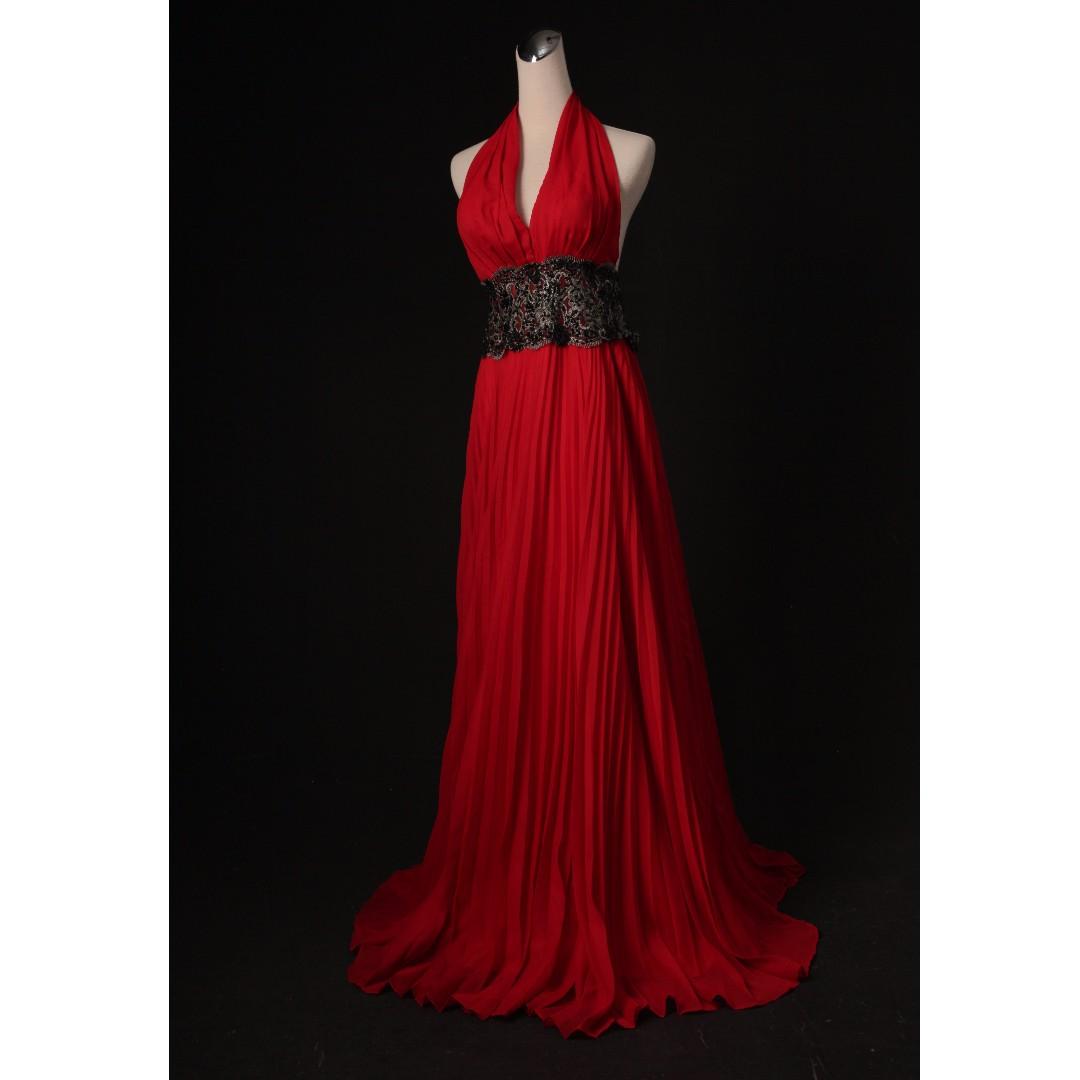 紅色繞脖 裸背 收腰 性感素雅禮服 二手禮服 二手婚紗 八成新