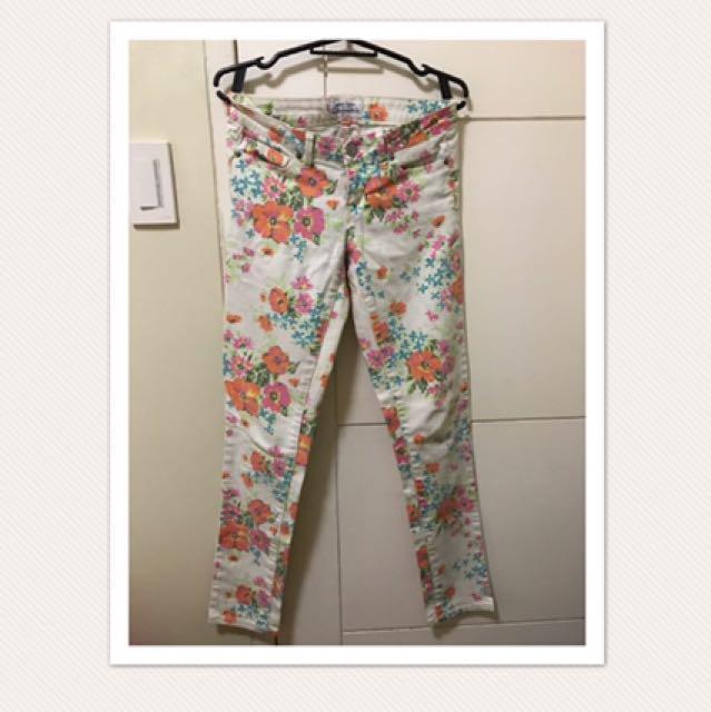 Aeropostale floral pants