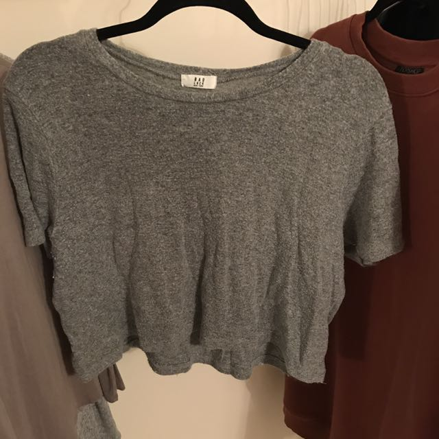 Brandy Melville Sweater Tee