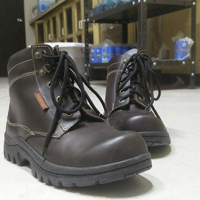 Checkpoint Steeltoe Safety Shoes