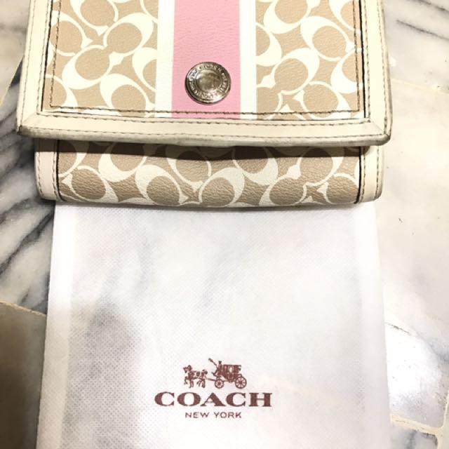 Coach 粉色LOGO中夾