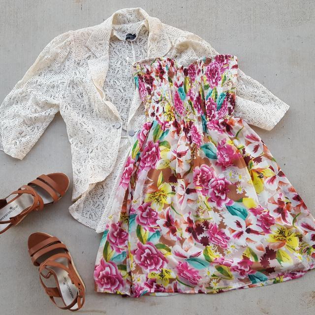 Cream Lace Fashion Jacket