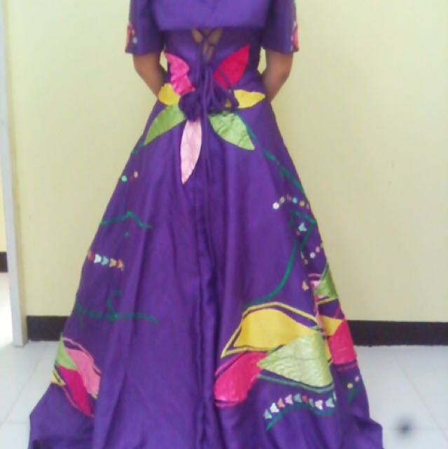 Filipiniana Gown for Rent, Preloved Women\'s Fashion, Clothes on ...