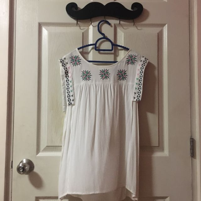 Forever 21 Aztec Top (Small)