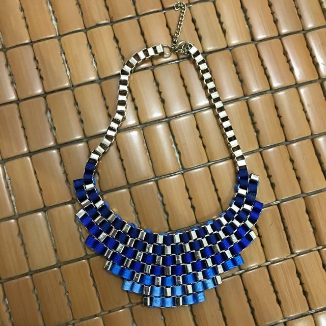 Gradation Blue Necklace