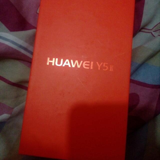 huawei y5 ii. 1day old :)
