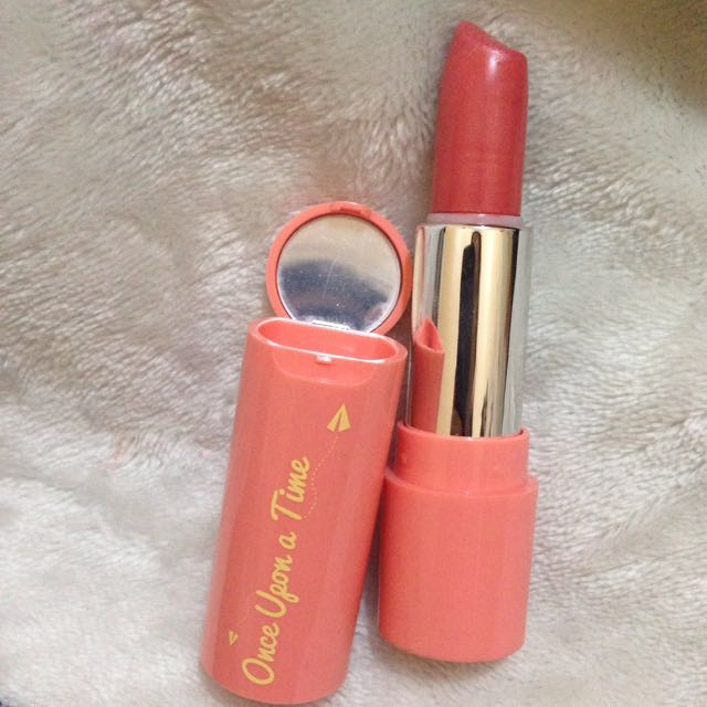 Lipstick Emina Once Upon A Time