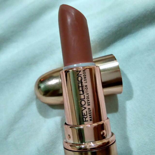 Makeup Revolution London Matte Lipstick