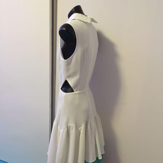 Minty Meets Munt White Dress Size XS