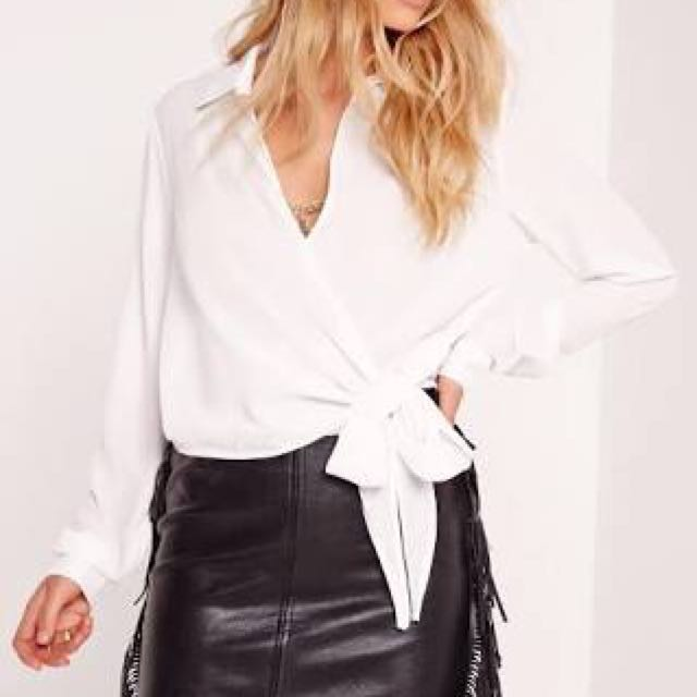 MISSGUIDED wrap blouse
