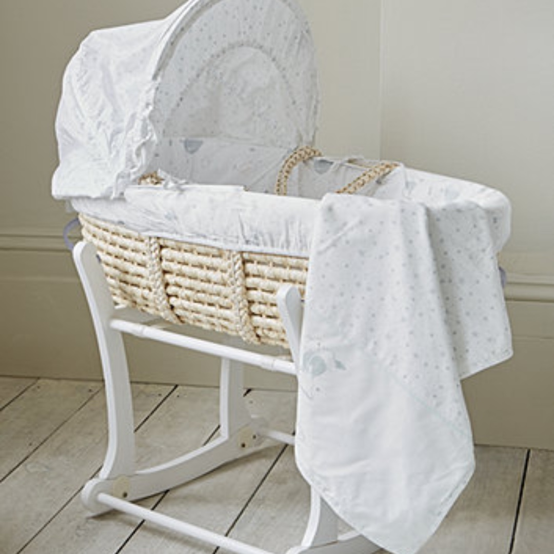 MOTHER CARE MOSES BASKET W/ROCKING STAND