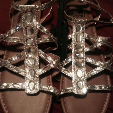 New Gold Jewels Sandals