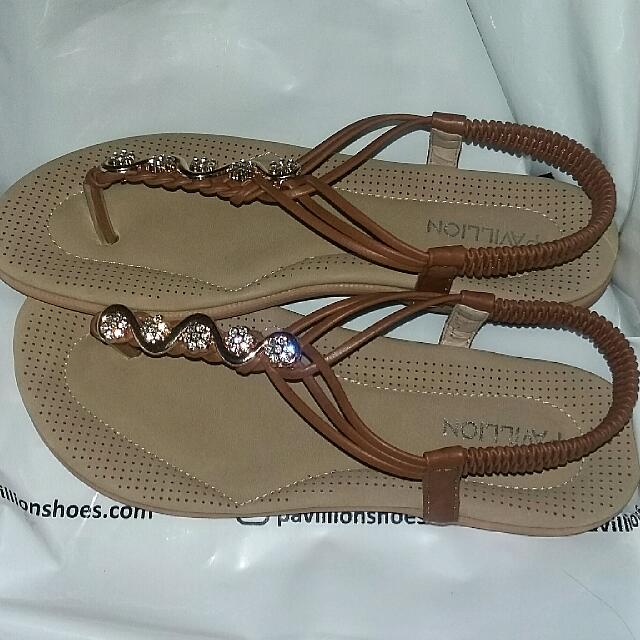 Pavillion Sepatu Sendal Size 38