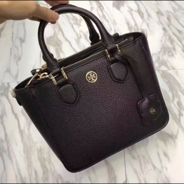 819890797924 Preorder  Tory Burch Robinson Pebbled Mini Tote