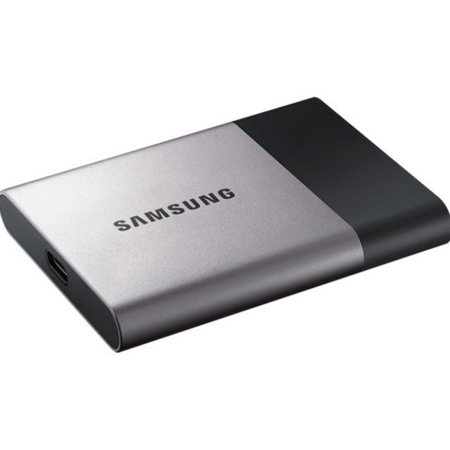 Samsung T3 250GB 可攜式外接SSD