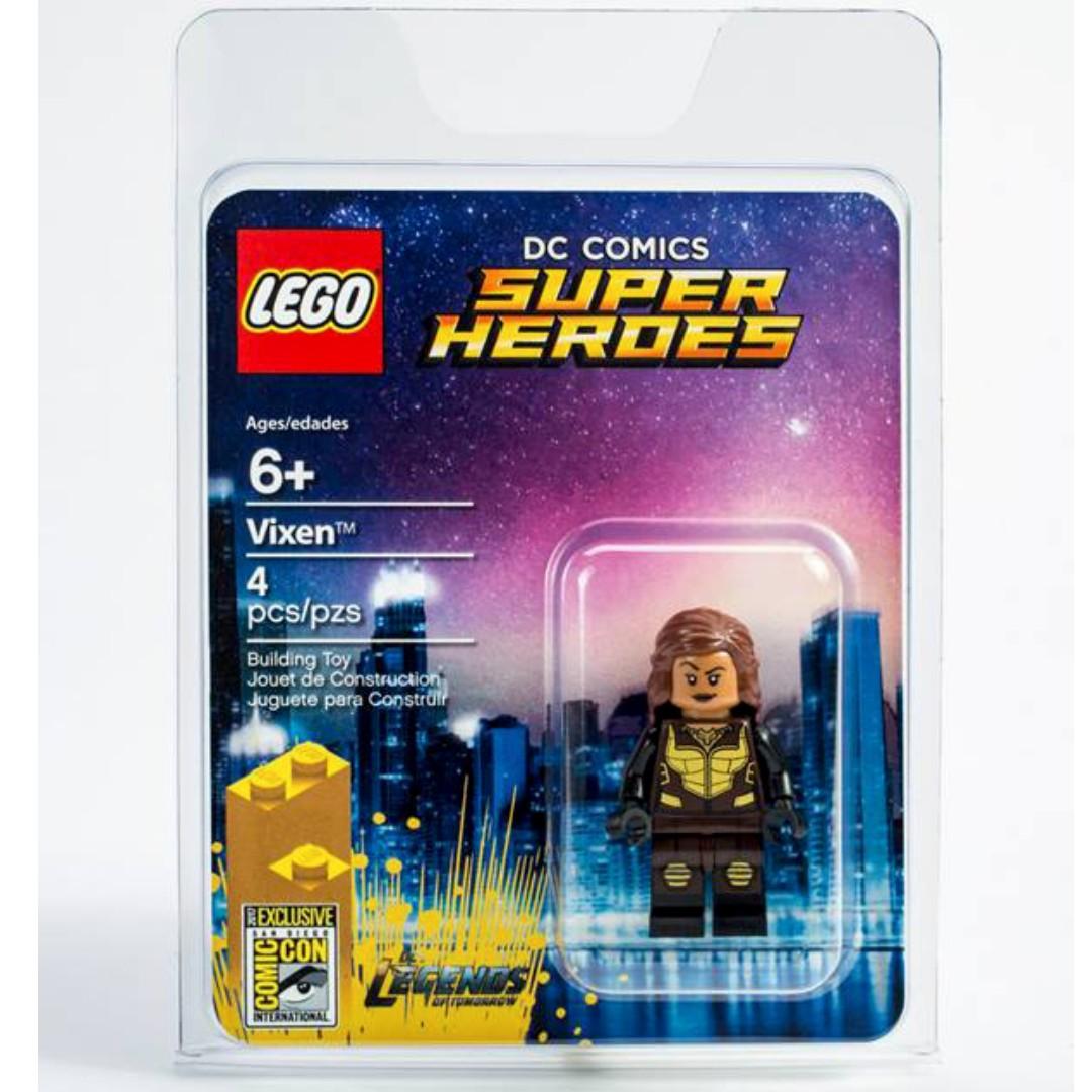 SDCC 2017 LEGO Vixen