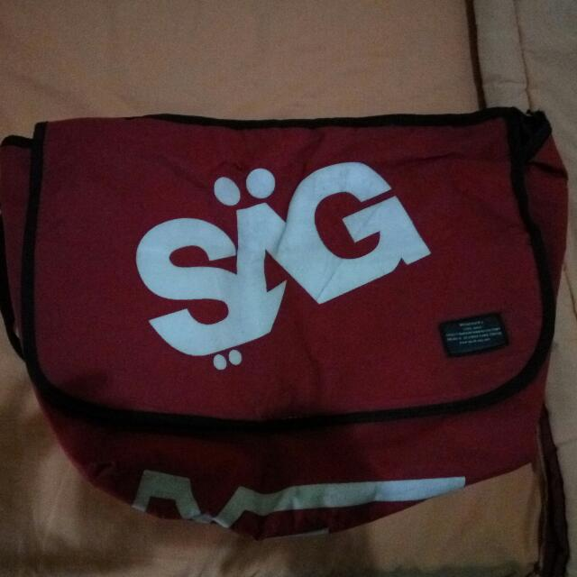 Tas Messenger Bag (SAG)