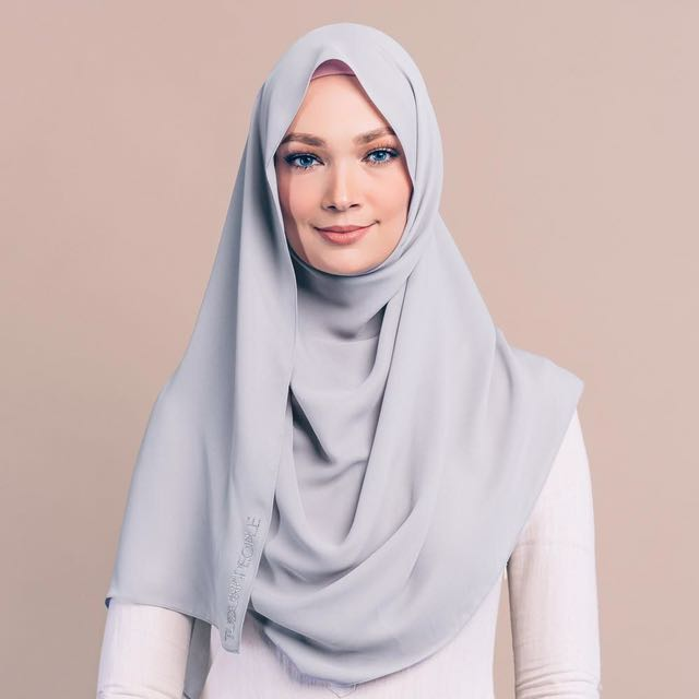 TudungPeople Nluxe Shawl (T Frost)
