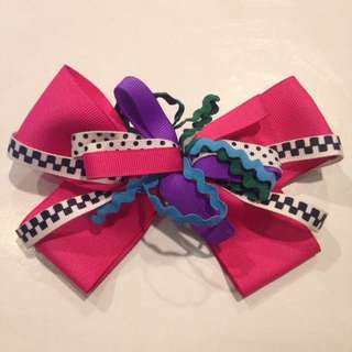 Crazy Pink Hair Bow