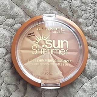 Rimmel London- Sun Shimmer In Gold Princess