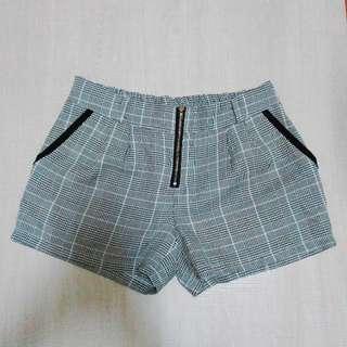 🚚 千島紋造型短褲
