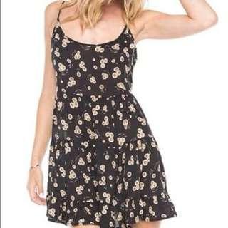 Brandy Melville Daisy Jada Dress