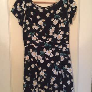 F21 Daisy Fit Flare Dress