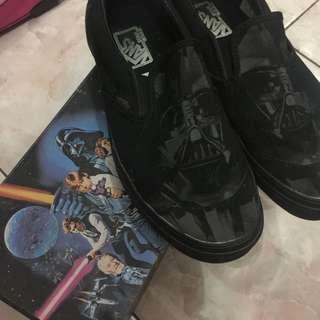 Authentic Vans x Star Wars men sz 7 (39) - used by me