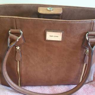 Laura Jones Handbag (Brown)