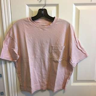 Uniqlo Cropped Pink Tee