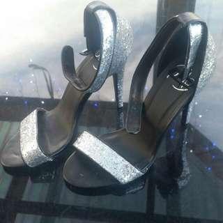Silver Pulp Heels, Size 7