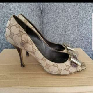 PRICE DROP: Authentic Gucci Peep Toes