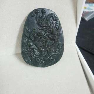 【曾是中國皇帝祭祀天地禮器上等玉】泰山墨玉浮雕~鳳凰