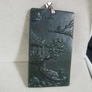 【曾是中國皇帝祭祀天地重要禮器上等玉】泰山碧玉~觀塘浮雕