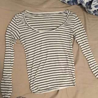 American Eagle Outfitter Stripped Long Sleeve Shirt