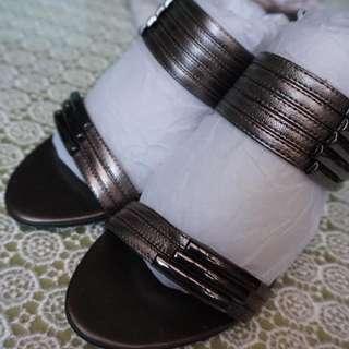Pierre Cardin shoe